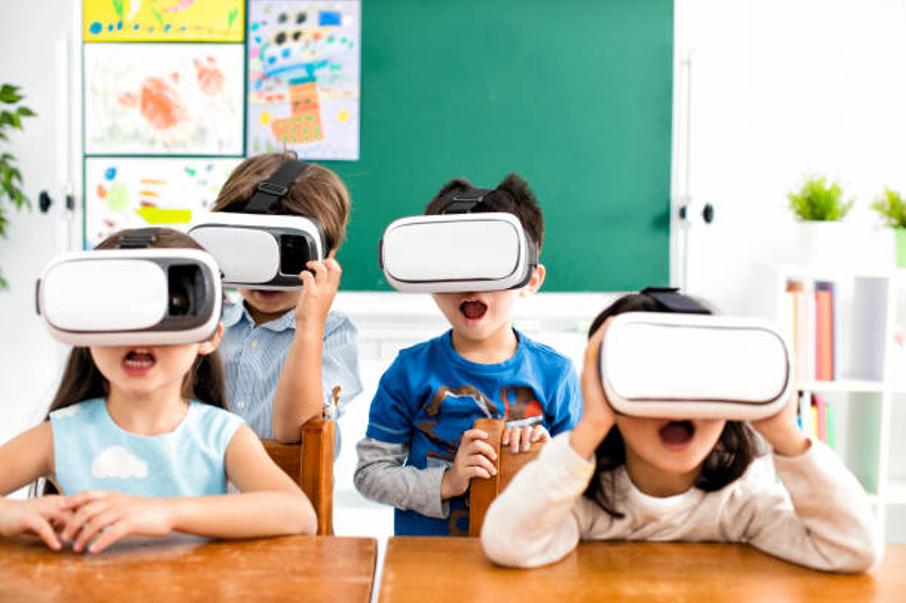 Realidad Aumentada y Virtual aplicada a la Educación